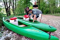 Vodáci zahájili vodáckou sezónu.