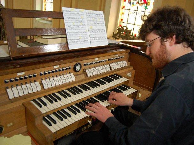 Historické varhany v chodovském kostele jsou opravené.