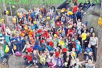 V Poustkách na škole v přírodě se dětem z loketské základní školy moc líbí.