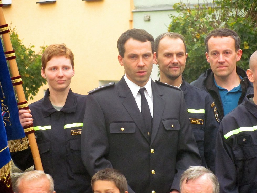VELITEL sboru Marek Matoušek stejně jako někteří jeho kolegové přijal odměnu za službu městu.
