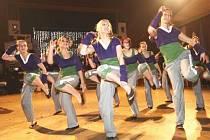 Taneční skupina Glamour.