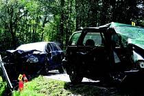 TRAGICKÁ nehoda uzavřela úsek z Kraslic do Sokolova.