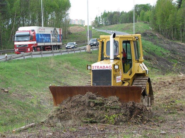Zahájení výstavby dalšího úseku R6.
