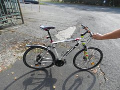 Kolo zraněného cyklisty.