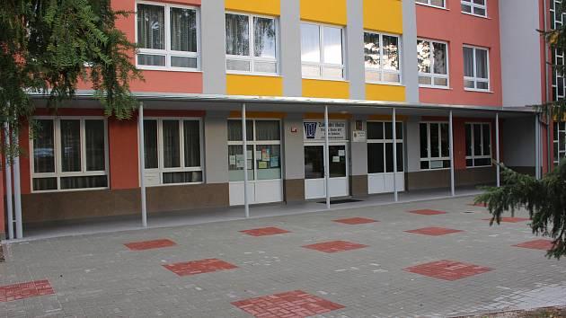 ZŠ ve Školní ulici poběží v běžném režimu, stávku ale podporuje.