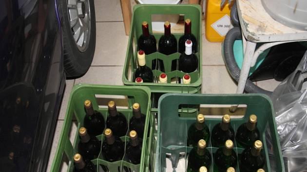 Část ze zadrženého alkoholu.