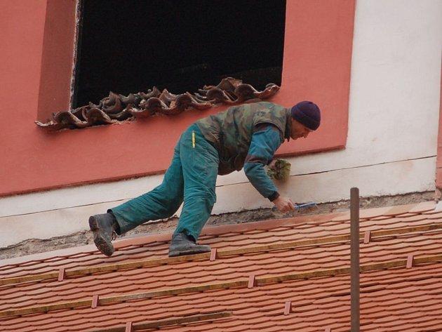 Oprava kostela se protáhla o více než jeden měsíc.