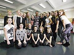 Workshop s lektorem Hopem z Jihoafrické republiky si užily velké i malé tanečnice Miráklu.