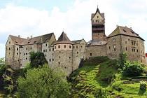 Návštěvníky loketského hradu láká útrpné právo, porcelán i Štrakakal