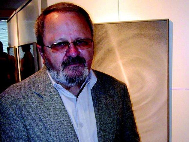 Jiří Jun představil své obrazy v galerii U Vavřince v Chodově.