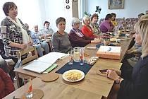 Setkání seniorů s vedením města.