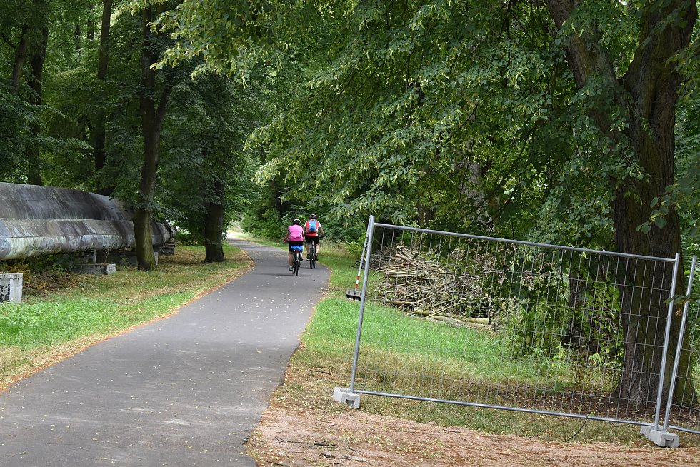 Cyklostezku si oblíbili nejen cyklisté