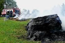 Požár slámy v Bublavě.