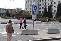 Nová parkovací místa na náměstí Budovatelů