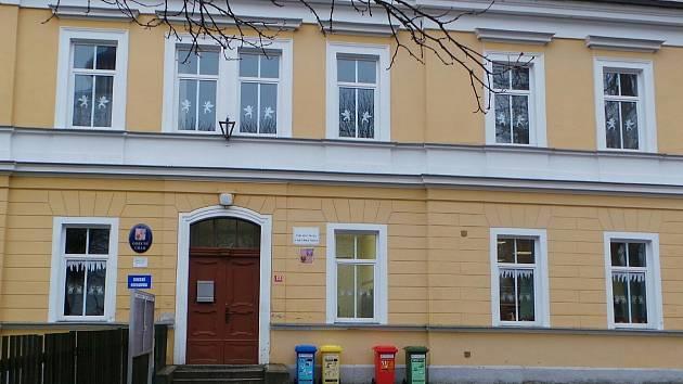 Jindřichovice opraví školu i mateřinku.