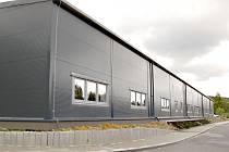 FIRMA naplno rozjela výrobu v nové hale.