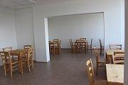 Společenská místnost, jídelna i herna.