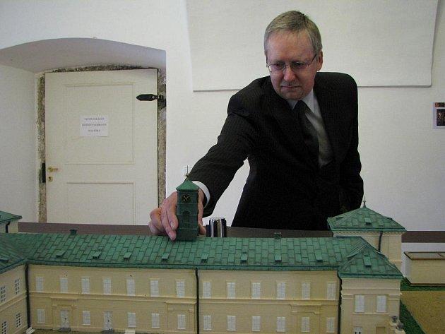 Slavnostní odhalení makety zámku Kynžvart.
