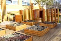 Zahrada u 3.ZŠ v Chodově je v současné době zazimovaná. Školákům i veřejnosti se opět otevře 1. května.