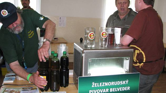 Lomnické pivní slavnosti.
