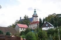 REKONSTRUKCÍ prošla i věž sv. Jiří.