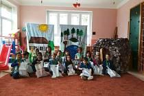 Za své vystoupení na Sokolovské mateřince dostaly děti odměnu.