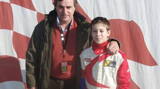 Morokárový jezdec Radim Maxa se slavným závoedníkem Carlosem Sainzem.