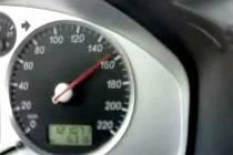 Záběry z vozidla, ve kterém jel Petr Tomáš.