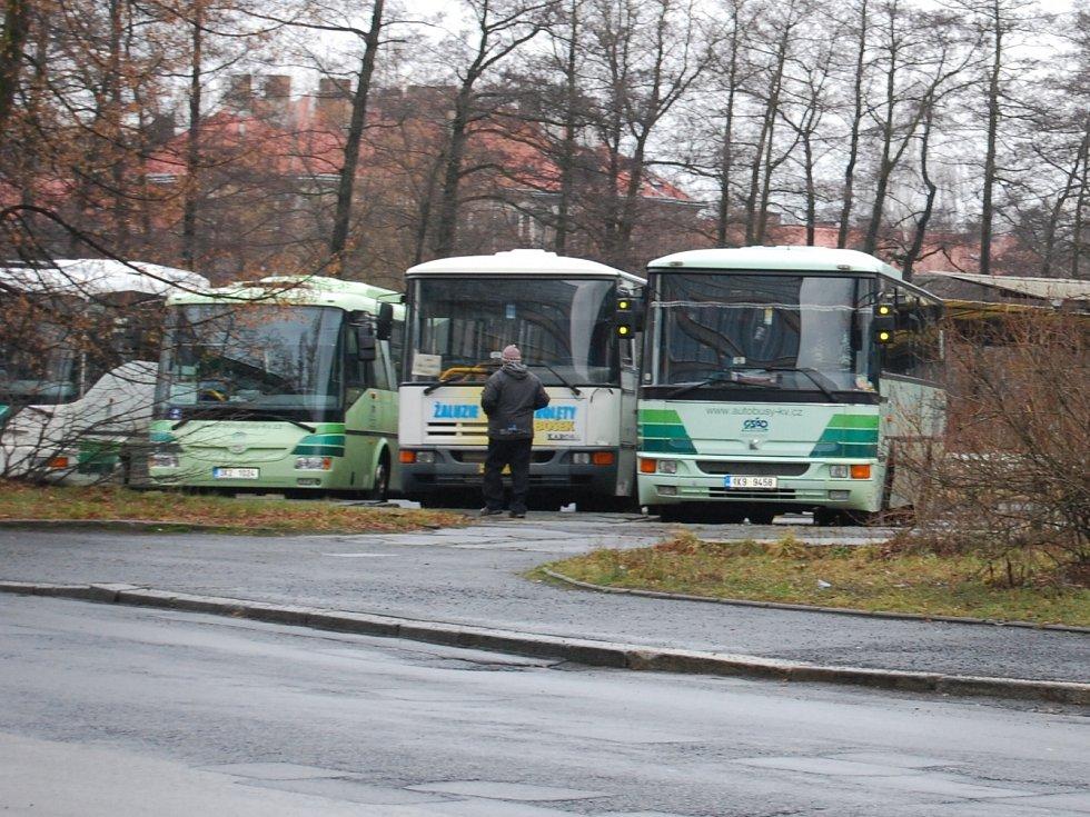 Na bývalém autobusovém nádraží chtěl Sokolov také parkoviště