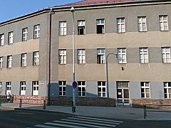 Nová zuška vznikne v budově bývalé základní školy v ulici Dukelských hrdinů.
