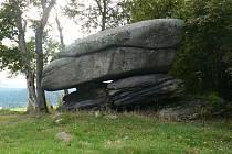 Kamenný hřib v okrese Sokolov je přírodní památka, která byla vyhlášená už v roce 1980.
