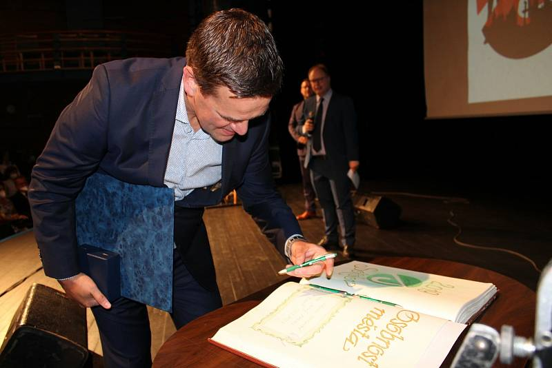 Sokolov ocenil osobnosti za loňský i předloňský rok.