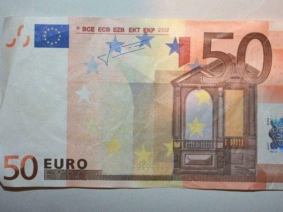 Padělaná eurobankovka