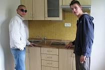 STARTOVACÍ BYTY si prohlédli také svěřenci z Dětského domova v Horním Slavkově.