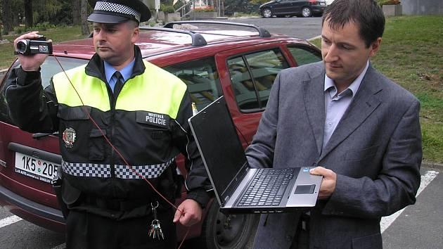 Strážníci používají při výkonu služby videokamery
