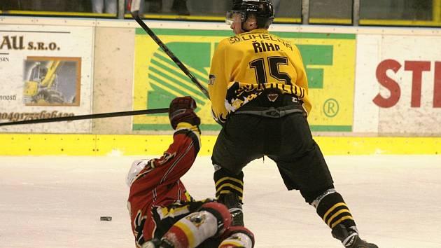 Hokejisté Baníku SOkolov porazili na domácím ledě Jablonec 4:1