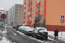 Většina řidičů chce parkovat před svým domem