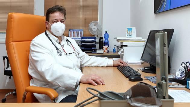 Zdravotní ředitel sokolovské nemocnice Jiří Štefan říká, že nemocnice je na odchod ortopedů připravena.