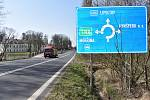 Oblíbenou trasou prostitutek je místo mezi městem Kynšperk a dálnicí D6. Tam bylo možné v hezkých dnech zahlédnout kolem pěti šesti prostitutek. Nyní tam nestojí žádná.