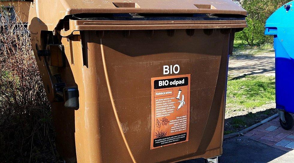 Od dubna jsou Sokolovákům k dispozici kontejnery na bioodpad