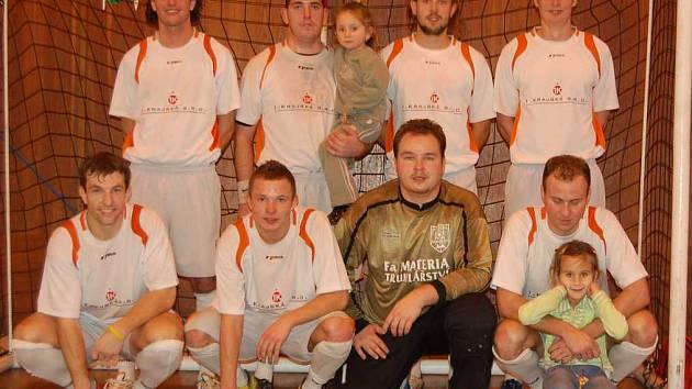 Vítězné družstvo Materie Sokolov.