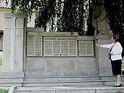 Kniha mapuje pomníky obětem 1. světové války.