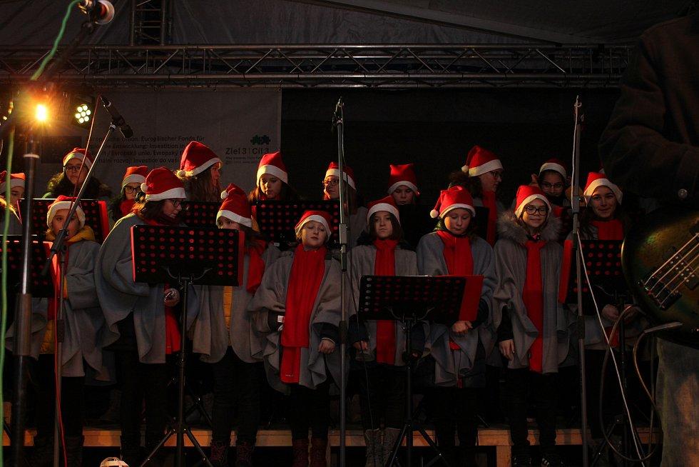 Zahájení adventu v Chodově. Foto: Martin Polák