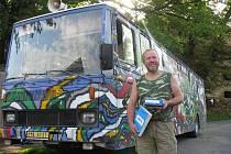 DOBROBUS ujede za obě etapy tour čtyři tisíce kilometrů.