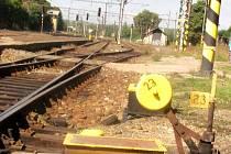 ZASTARALÉ chodovské nástupiště by se mělo proměnit v moderní peron, opravou projde i trať.