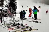 Zahájení lyžařské sezóny na Bublavě.