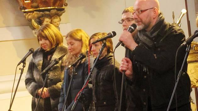 FANOUŠKOVI koncertovala plzeňská kapela Touch of Gospel.
