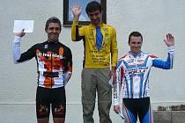 Ludvík Killinger mladší (na snímku vpravo) na stupních vítězů