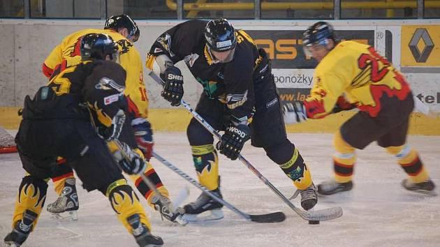Hokejistům Sokolova vstup do sezony vyšel. V akci domácí Sopr.