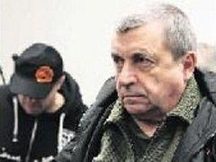 U SOUDU. Když v listopadu začalo hlavní líčení, Františka Kopičku přivezla k soudu eskorta z vazby. Z ní byl však propuštěn. Za mříže se však má podle rozsudku zase vrátit.